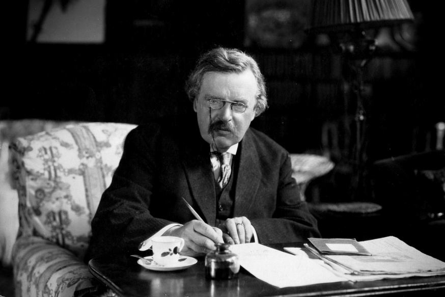 web-gk-chesterton-desk-writing-public-domain-via-wikipedia