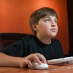 Tween-boy-on-computer