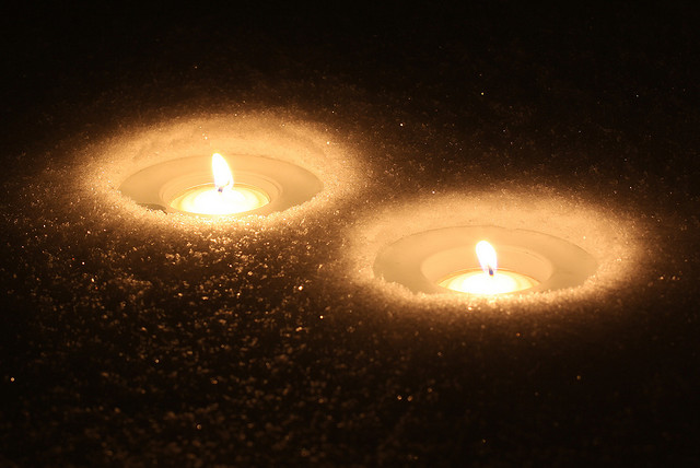 Snow Candles. Image by Sangudo via Flickr, CC license 2.0