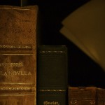 800px-Old_books_-_old_textures