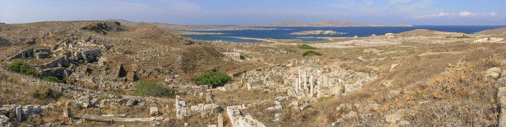 Delos Panorama by Martin Craft, CC license 3.0