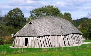 Fyrkat hus stor. Image by Malene Thyssen, http://commons.wikimedia.org/wiki/User:Malene . (CC BY-SA 2.5)