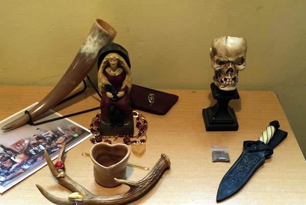 Freya's altar and Hela's altar / Photo by author
