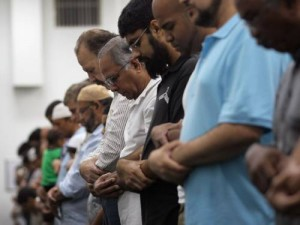 Ramadan 2014 – In Praise of God Through Congregational Prayer