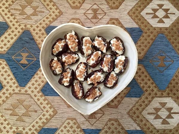 Sadaf_dates in heart-shaped bowl