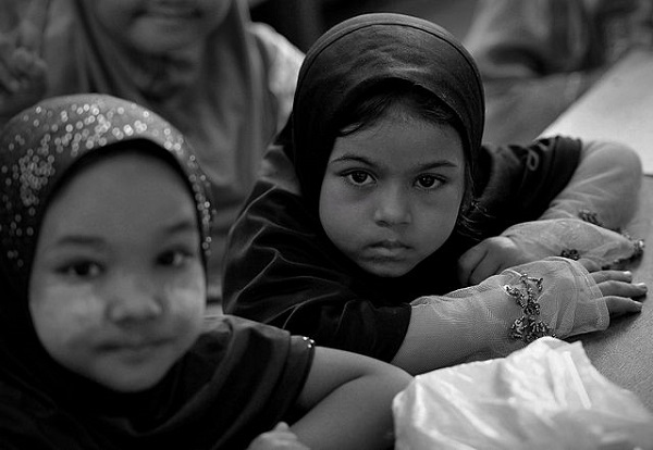 By Firdaus Latif - ROHINGYA, CC BY-SA 2.0, https://commons.wikimedia.org/w/index.php?curid=30749964