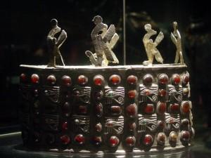 A_post-Meroitic_era_Nubian_royal_crown_from_Ballana_Tomb_118_by_John_Campana