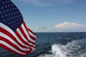 US flag 1 w ocean