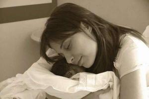 Chiara_Corbella_Petrillo_with_her_son_Davide_Courtesy_of_Sophia_Institute_Press_CNA_12_1_15
