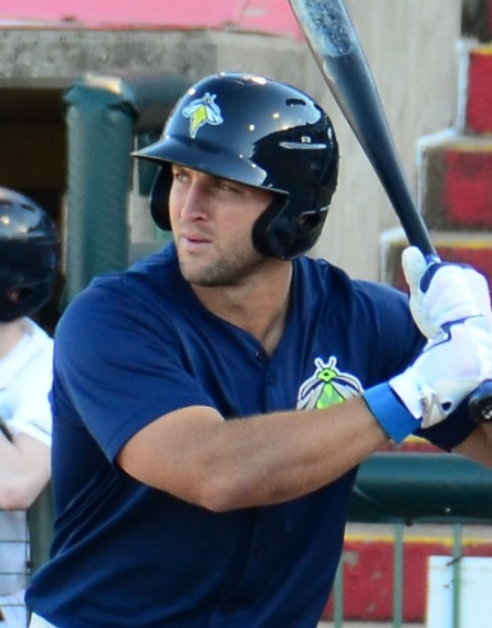 Tim_Tebow_on_May_15,_2017_(cropped)