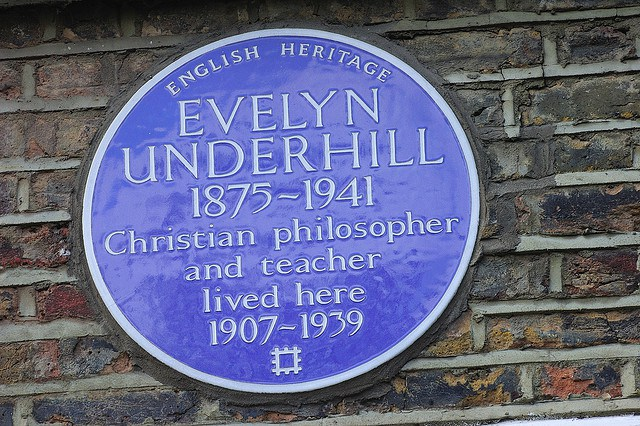 Underhill's English Heritage Plaque, at her London home where she lived for most of her adult life. Photographed by Gwynhafyr. Creative Commons License (CC BY-NC 4.0)