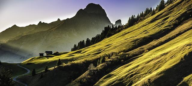 mountain-landscape-640617_640(1)