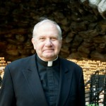 Prison Chaplain Father David T. Link & Comedy Writer Tom Leopold Win Special Christopher Awards
