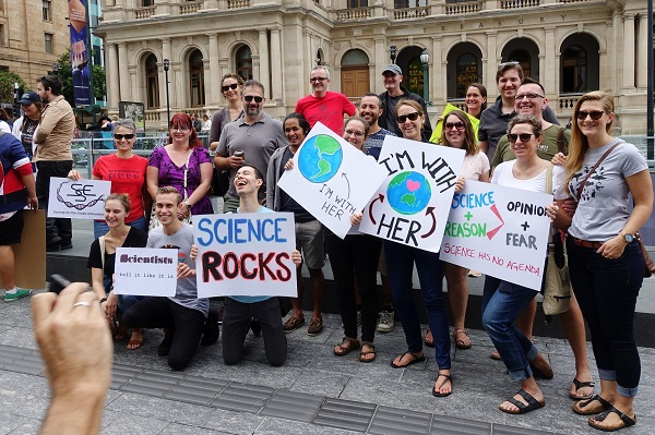 (author: interestedbystandr, title: March for Science Brisbane; source: Flickr, CC BY 2.0)