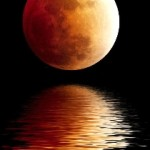 Blood Moon reflection