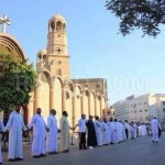 """""""Muslims protecting Christians in Egypt during mass"""""""