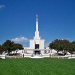 The Denver Colorado Temple of the Church of Jesus Christ of Latter-day Saints (Dedicated 1986) (Click to enlarge.)