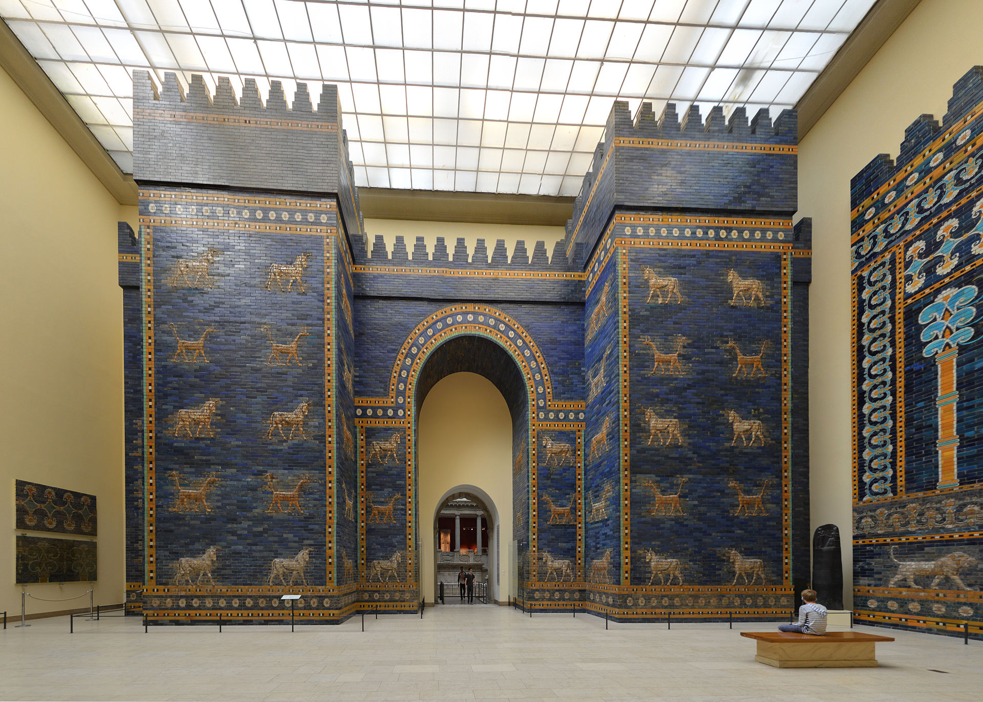 Ishtar Gate And Throne Room Wall From Babylon