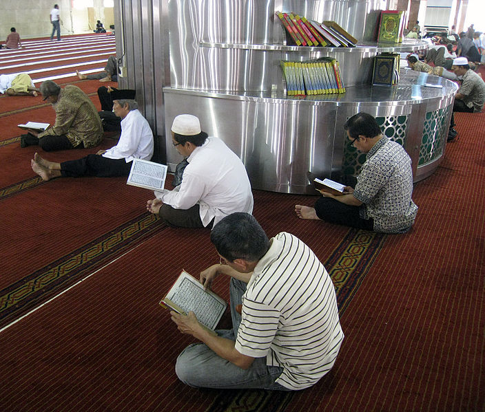 Indonesians reading the Qur'an
