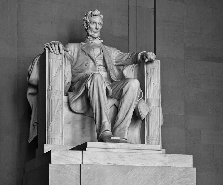 Statue of Lincoln in DC