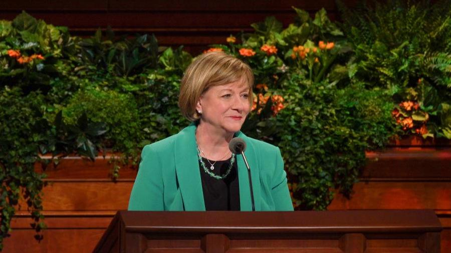 Sister Bonnie Oscarson at the Conference Center pulpit