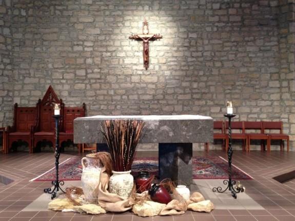 Altar-ed States: Liturgical Decoration For Lent