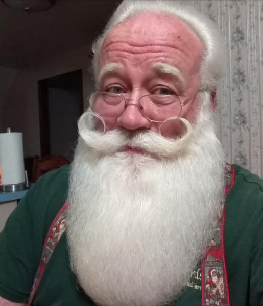 Santa Claus actor, Eric Schmitt-Matze