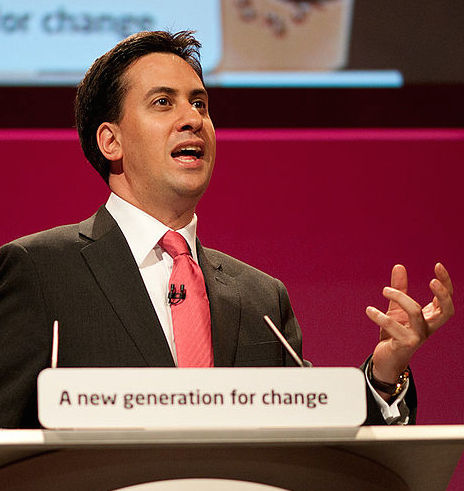 800px-Ed_Miliband_conference_speech_in_Manchester,_September_2010