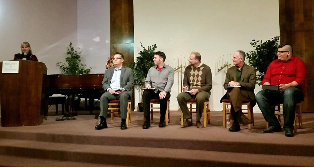 """Freethinker Group Holds """"Ask an Atheist"""" Panel Discussion"""
