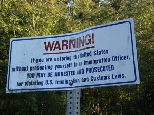 512px-US-border-notice