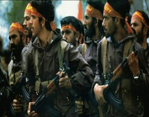 613px-Army_of_the_Guardians_of_the_Islamic_Revolution_troop_marching_with_gun_and_headband