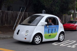 640px-Google_driverless_car_at_intersection.gk
