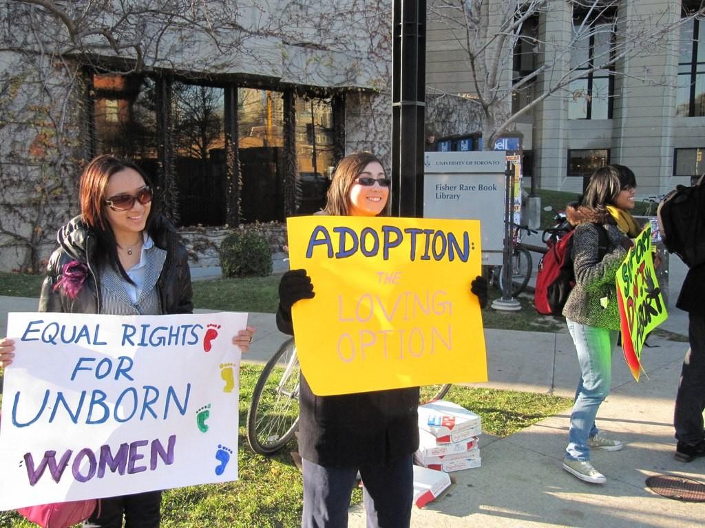 University_of_Toronto_pro-life_protest_11 (1)