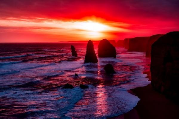 twelve-apostles-2372379_640