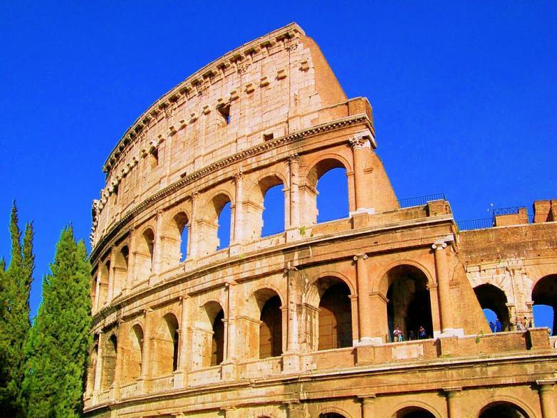 1024px-Colosseum_2007