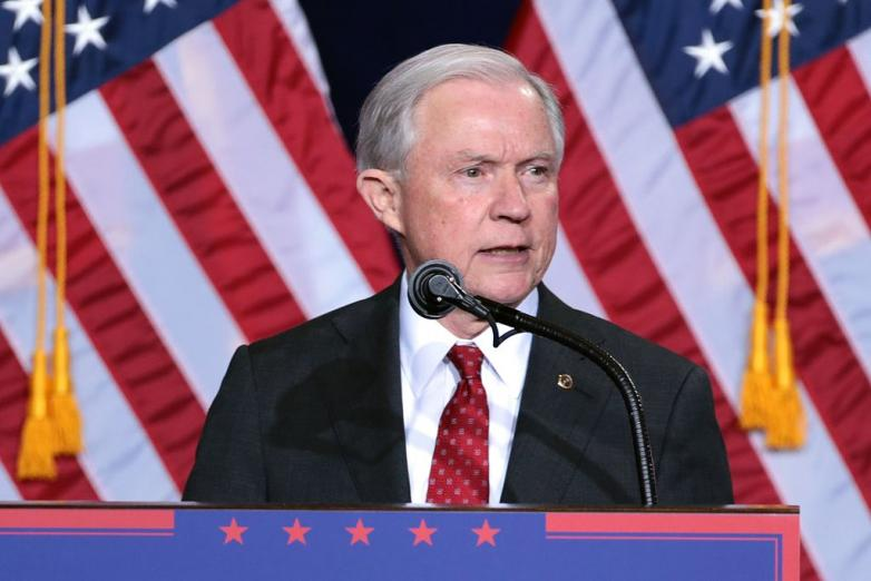Jeff_Sessions_(29090205550)