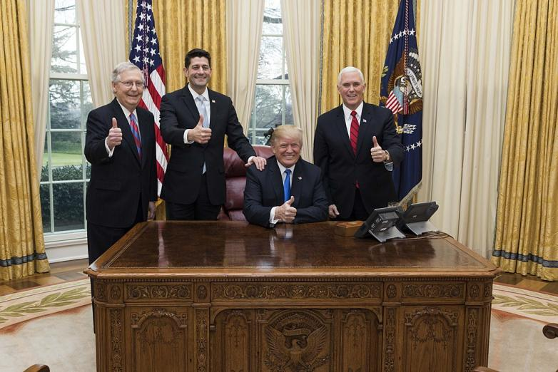 1024px-Trump,_Pence,_Ryan,_McConnell_celebrate_tax_cut_passage