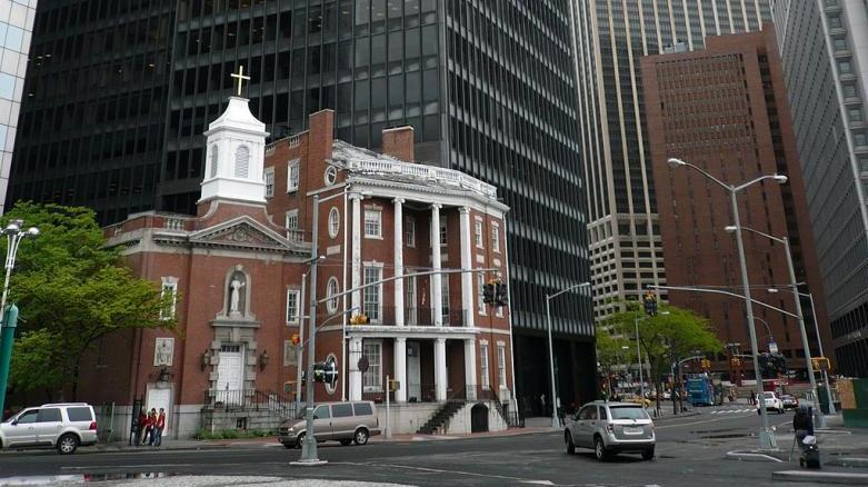 Church_-_New_York_-_panoramio