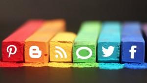 facebook-home-social-content