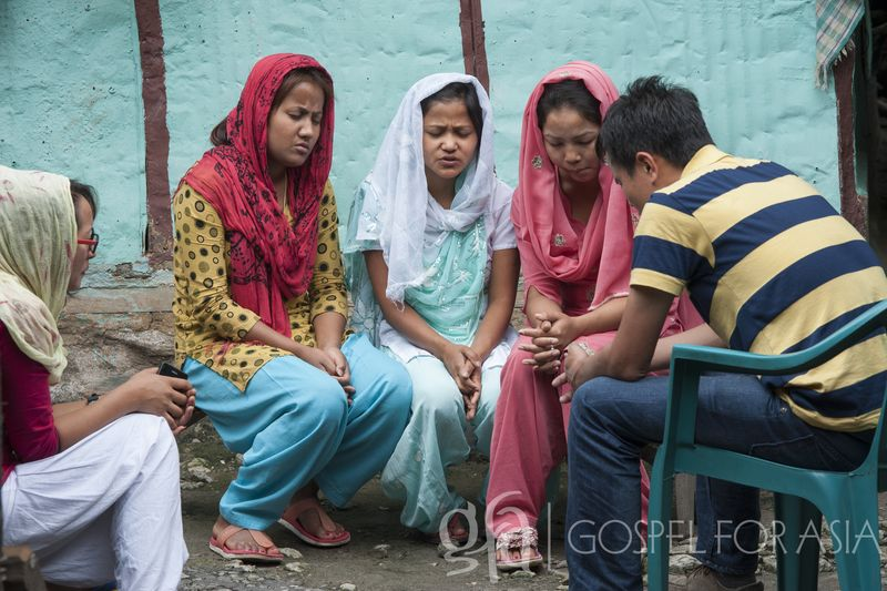 It is through prayer that so many lives are touched - KP Yohannan - Gospel for Asia
