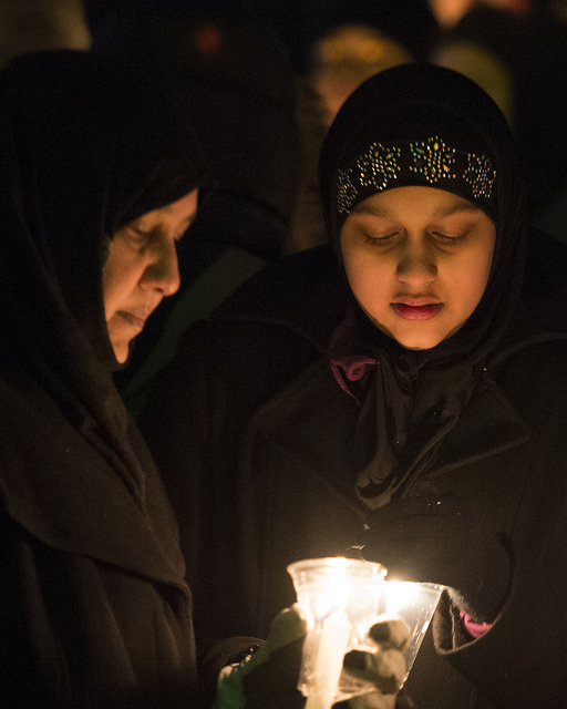Candlelight vigil for shooting victims at mosque in Quebec/Flickr Commons