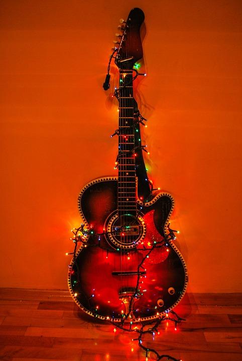 guitar-2063483_960_720
