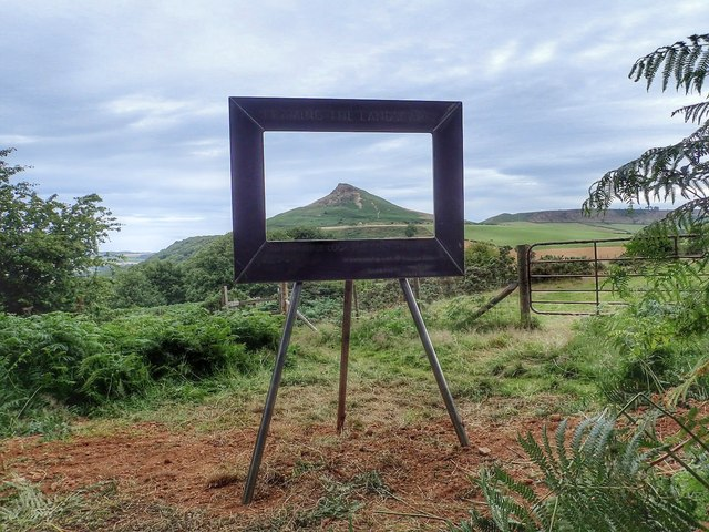 Frame Mountain (Mick Garrett, http:::www.geograph.org.uk:profile:343) CC licence