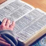 8 Ways to Listen to God