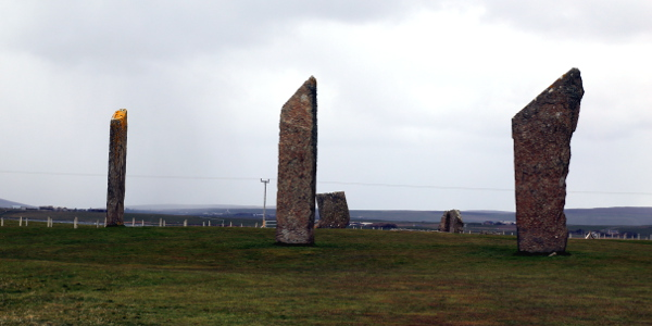09 062 Standing Stones of Stenness 600x300