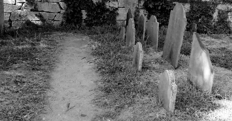 Salem cemetery 2016 B&W