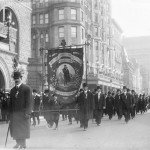 St._Patrick_Parade,_Fifth_Ave.,_New_York_1909