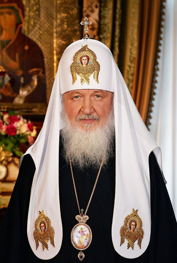Patriarch Kirill is the first to receive an Orthodox luxury phone 01/19/2017 53