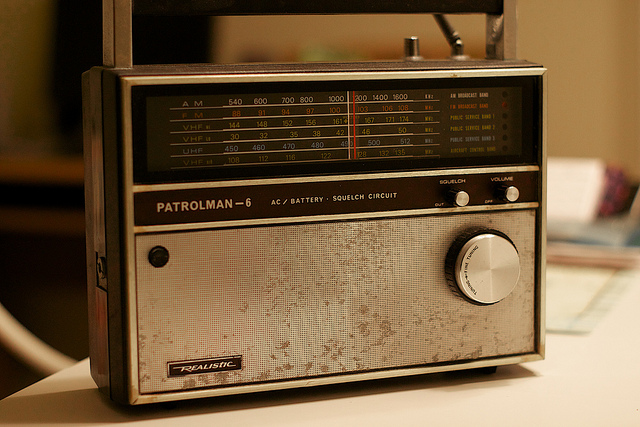 Not many people listened to the show on this kind of radio. [Image: Alan Levine, Flickr]