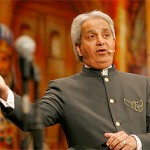 TV evangelist Benny Hinn preaching in San Antonio. Image from WikiCommons.